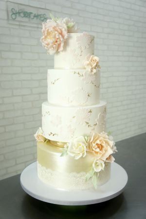 Pink And Gold 4 Tier (b)