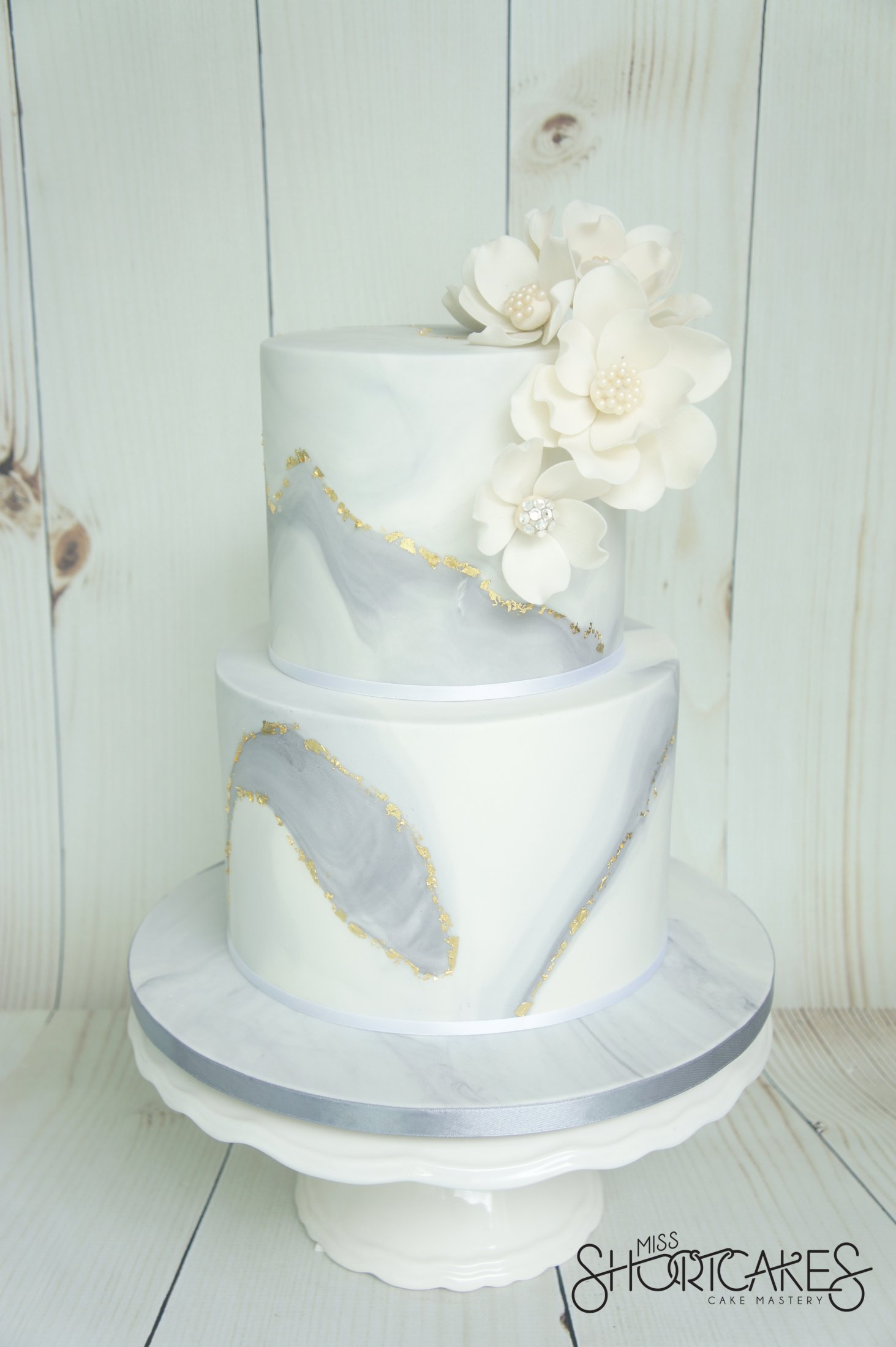 marble gold leaf wedding cake silver and grey 17117